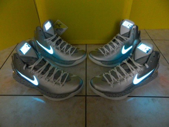 nike-kd-v-mag-customs-by-kenny23forever-01-570x427