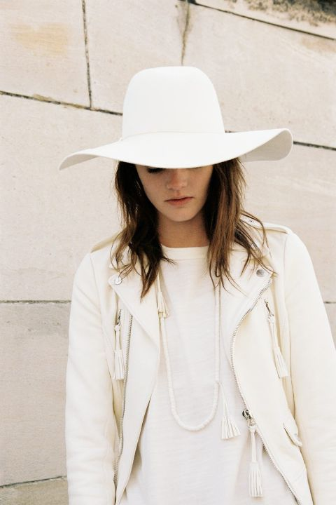 off-white-c-o-virgil-abloh-debuts-its-womens-line11