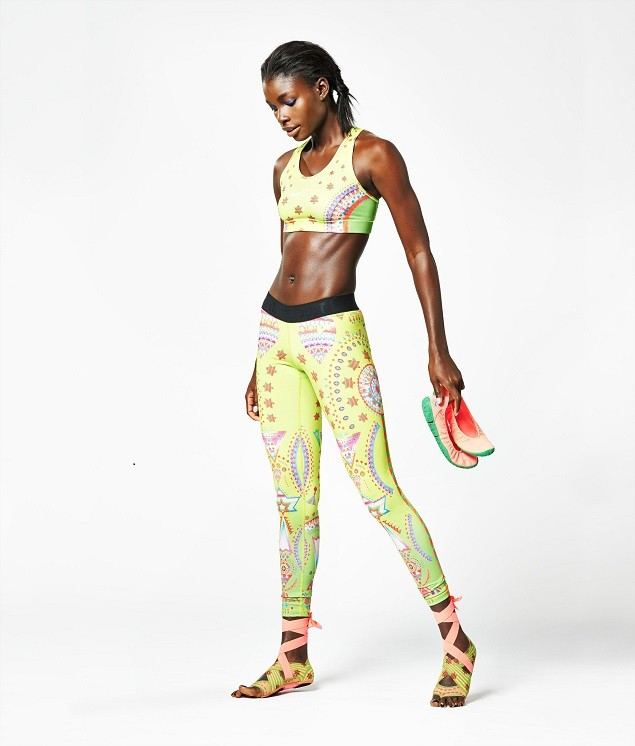 Nike Tight of the Moment-Sparkling Sunburst_4