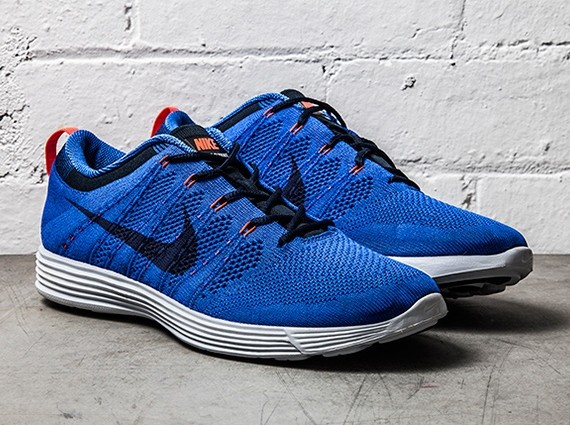 nike-lunar-flyknit-1-game-royal-1