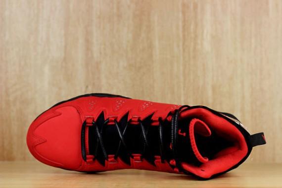 jordan-melo-m-10-red-black-07-570x380