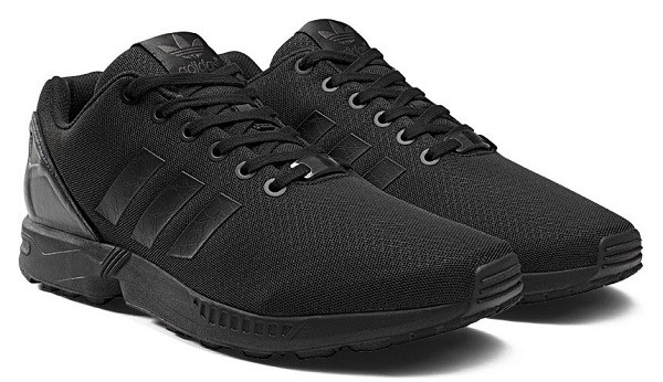 kanye-west-adidas-zx-flux-blackout-06