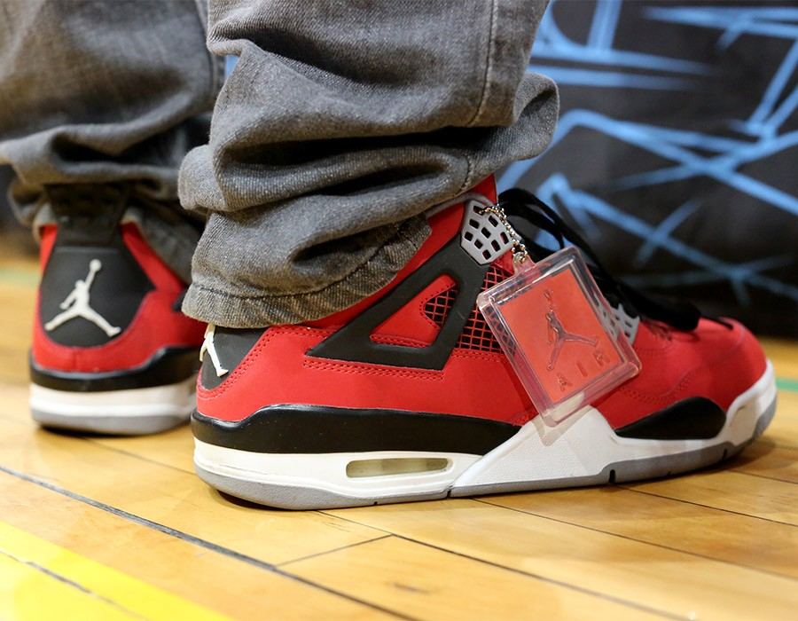 sneaker-con-chicago-may-2014-on-feet-recap-part-2-027