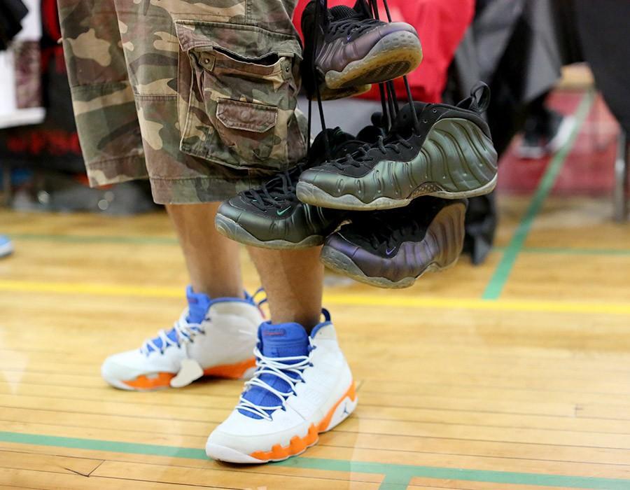 sneaker-con-chicago-may-2014-on-feet-recap-part-2-041