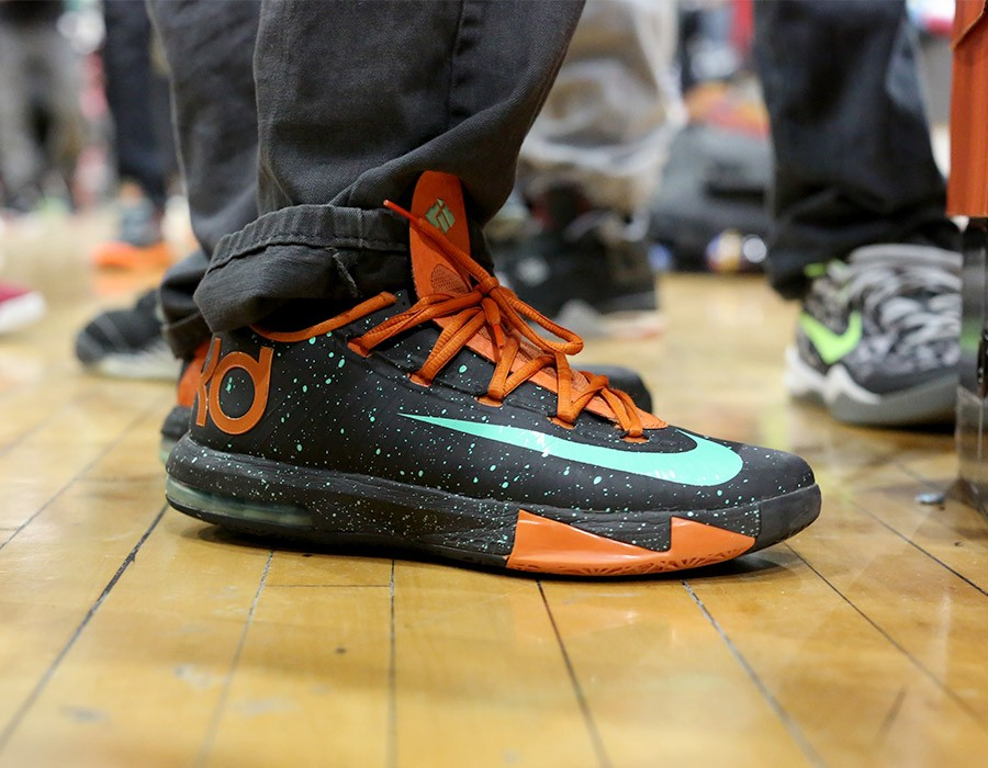 sneaker-con-chicago-may-2014-on-feet-recap-part-2-064