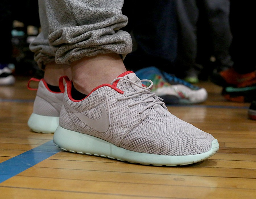sneaker-con-chicago-may-2014-on-feet-recap-part-2-088