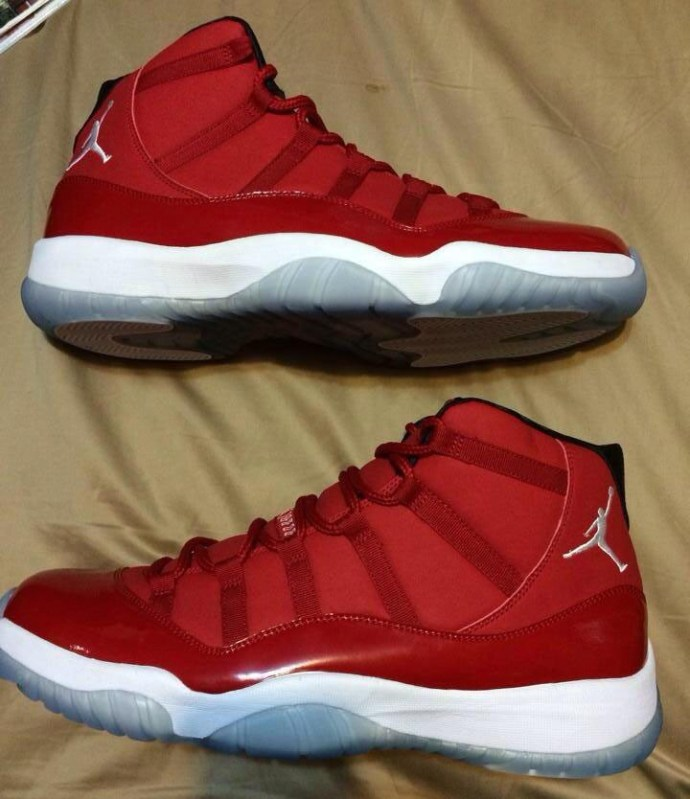 air-jordan-xi-11-mid-red-0