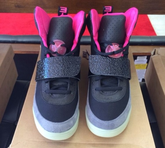 every-nike-air-yeezy-release-06-570x512