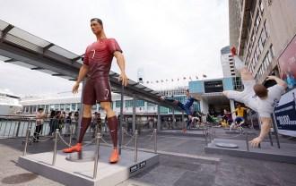 nike-football-the-last-game-mega-sized-footballer-figures-harbour-city-recap-9