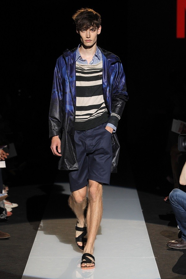 MAN_SS15_Catwalk_Imagery_HiRes_018