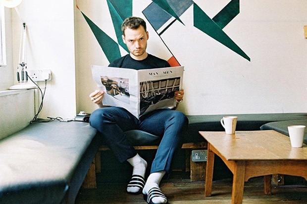 socksnslides-adidas-originals-adilette-editorial-michael-mayren-09