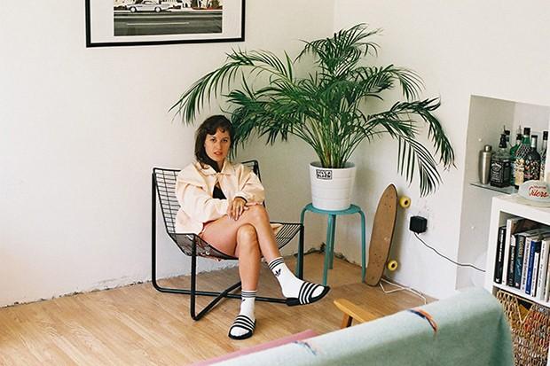 socksnslides-adidas-originals-adilette-editorial-michael-mayren-05