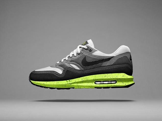 無論是由色彩鮮豔的可見式氣墊,還是擁有醒目霓虹配色及中底的Nike Lunarlon,這兩種設計都令Nike Air Max Lunar1中底成為亮點