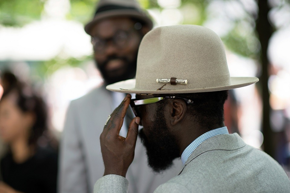 streetsnaps-paris-fashion-week-2015-spring-summer-part-one-21