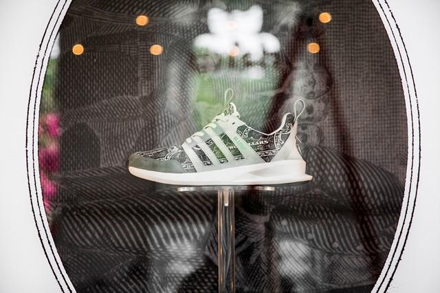 look-inside-wish-atl-adidas-originals-installation-4
