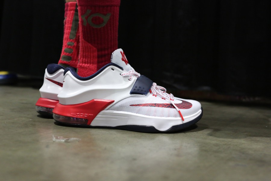 sneaker-con-los-angeles-bet-on-feet-recap-143-900x600