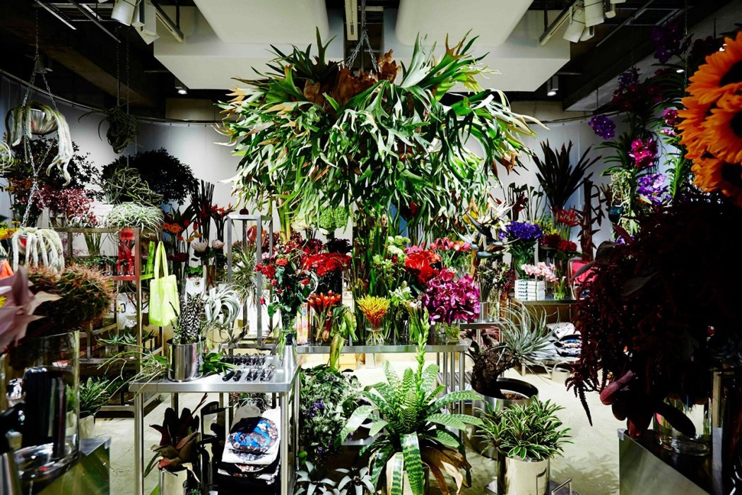 floral-shop-amkk-by-the-pool-aoyama-2