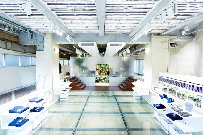 floral-shop-amkk-by-the-pool-aoyama-0