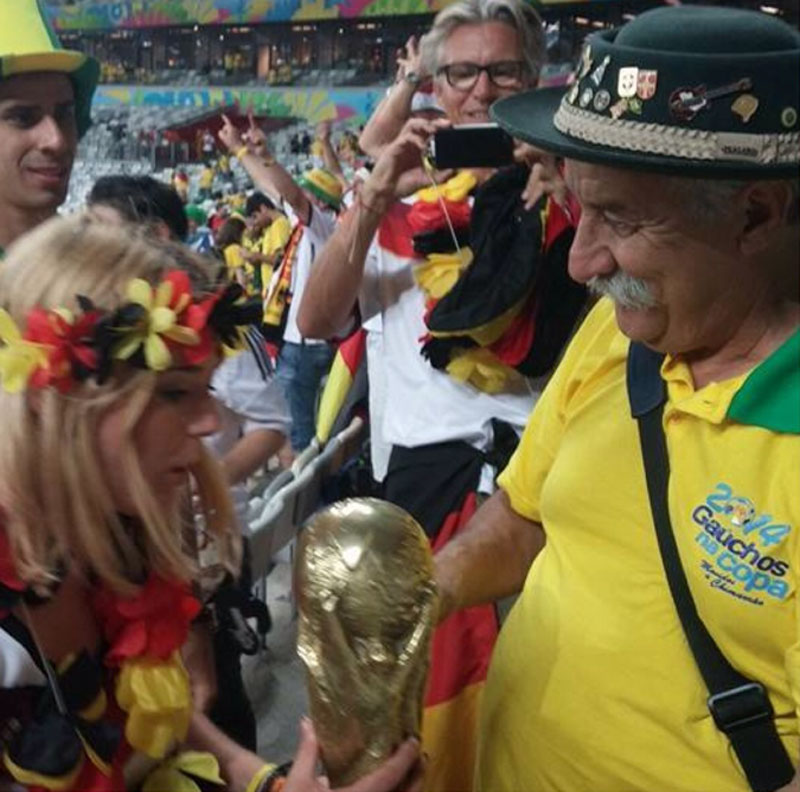 adaymag-weeping-brazil-fan-proves-losing-well-can-also-make-champion-04