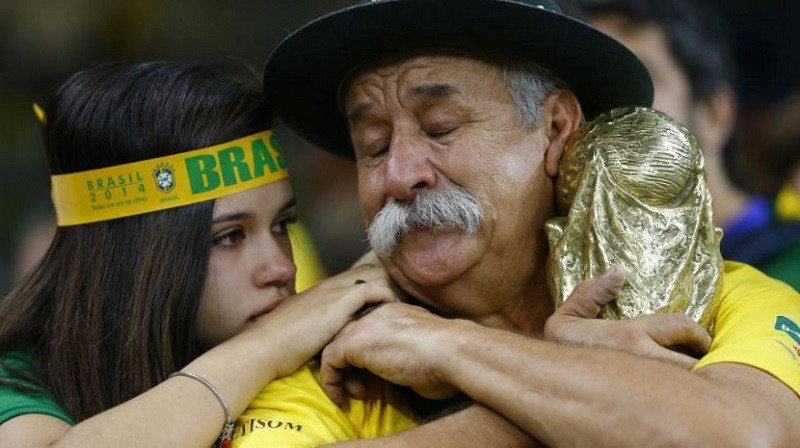 adaymag-weeping-brazil-fan-proves-losing-well-can-also-make-champion-03-830x465