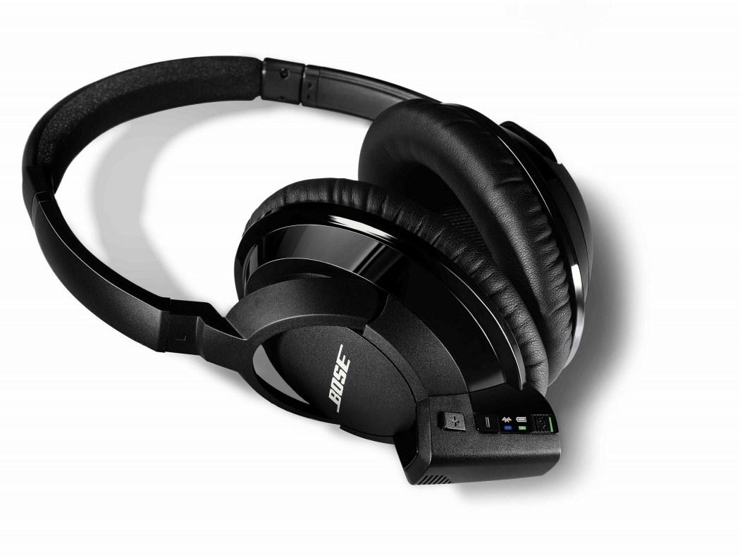Bose_SoundLink_around_ear_Bluetooth_headphones_011_HR