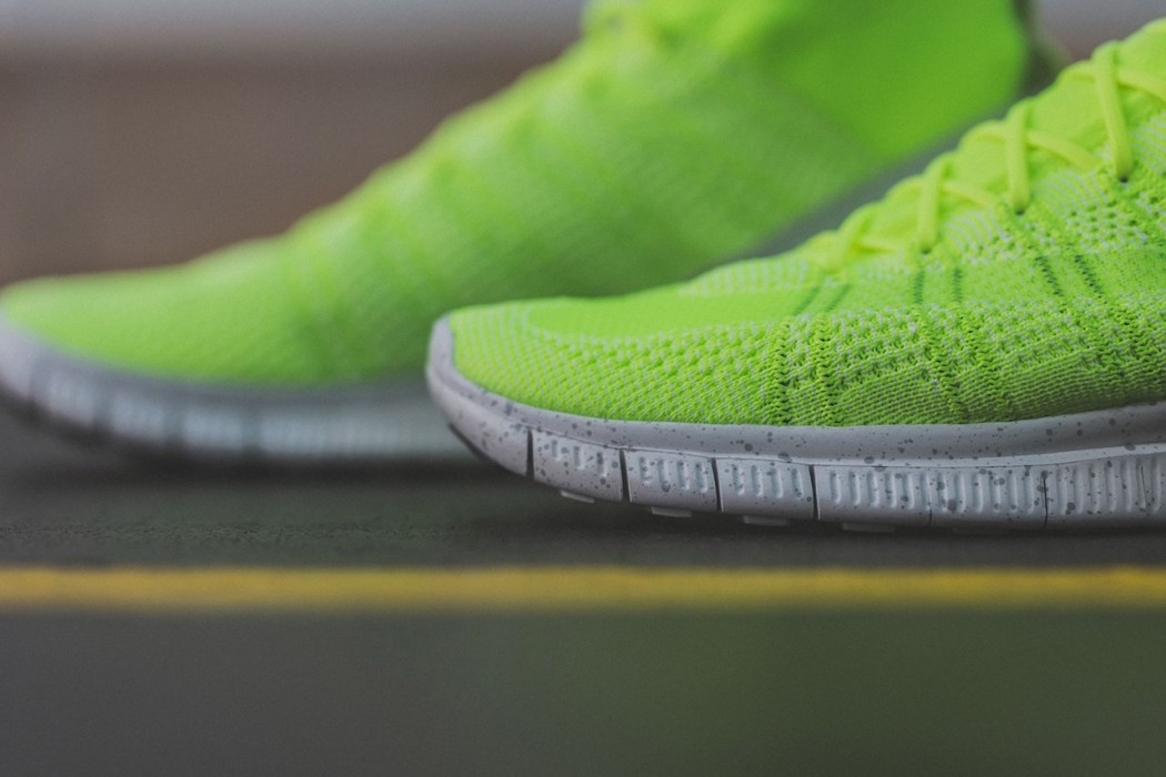 a-closer-look-at-the-nike-free-mercurial-superfly-htm-volt-2