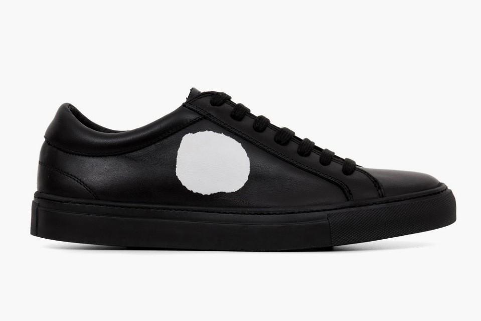 comme-des-garcons-erik-schedin-black-sneakers-3-960x640