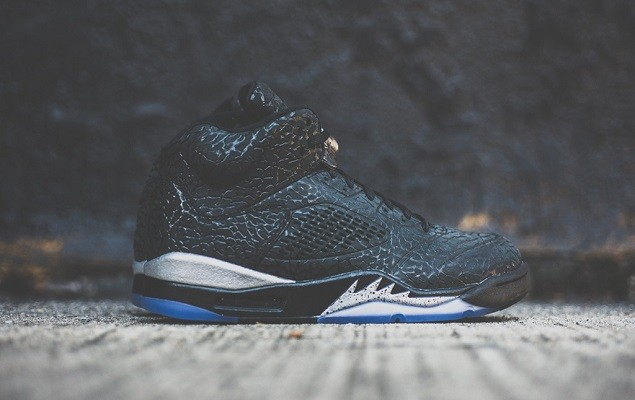 a-closer-look-at-the-air-jordan-3lab5-black-metallic-silver-1