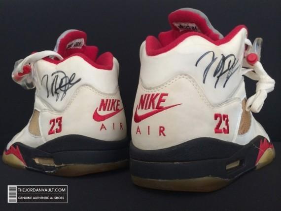 air-jrodan-5-white-fire-red-michael-jordan-original-12-570x427