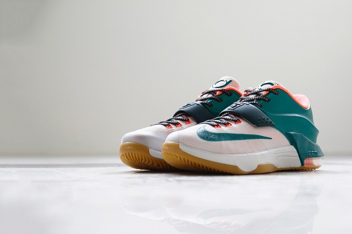 a-closer-look-at-the-nike-kd7-easy-money-2