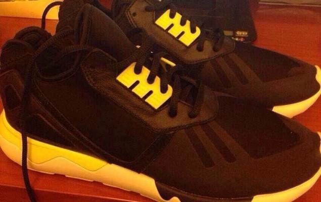 adidas-kanye-west-tubular-snake-black-yellow-010