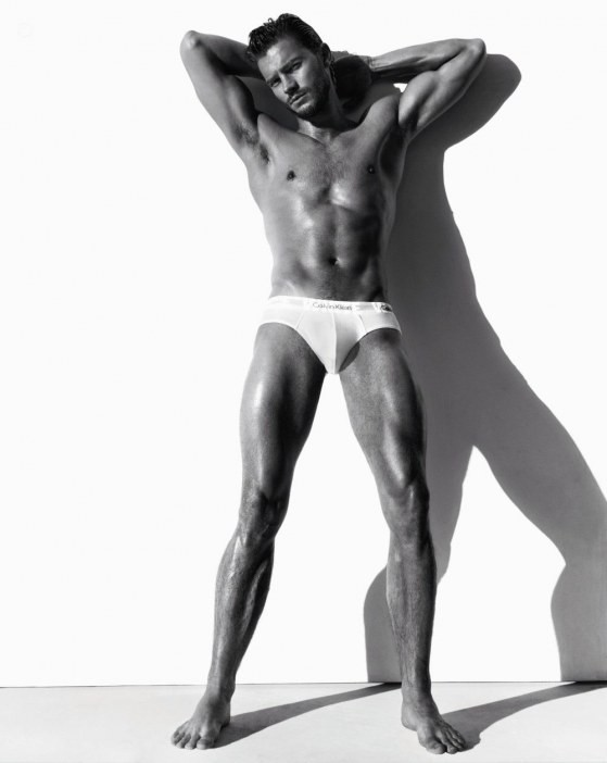 jamie-dornan-calvin-klein-underwear-photo-002