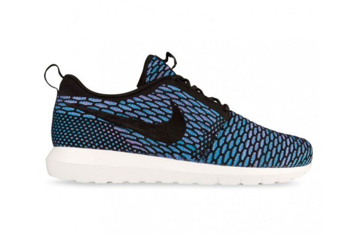 nike-flyknit-roshe-run-nm-black-and-turquoise-1