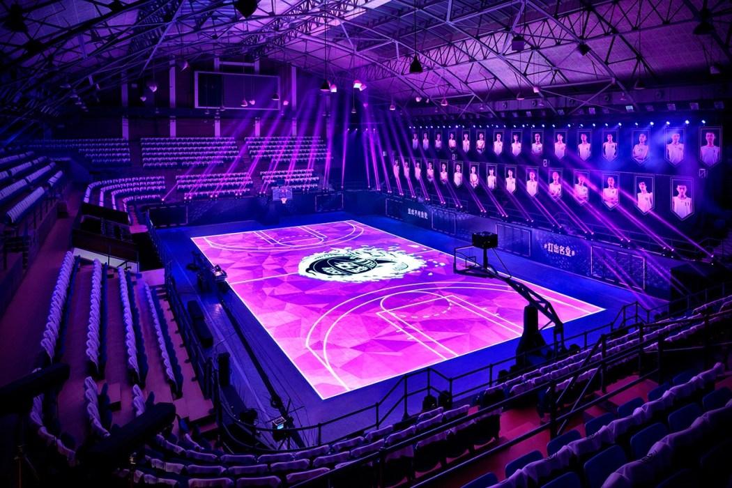 nikes-house-of-mamba-led-basketball-court-3