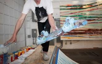 matt-reilly-skateboard-painting-at-mana-contemporary-4