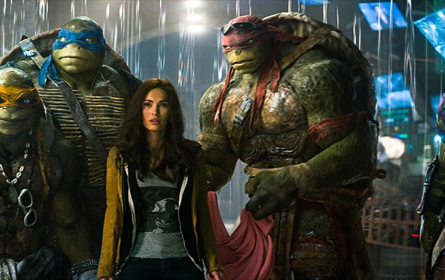 teenage-mutant-ninja-turtles-megan-fox-turtles-1050x700