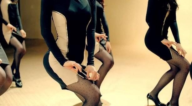 aoa miniskirt 3