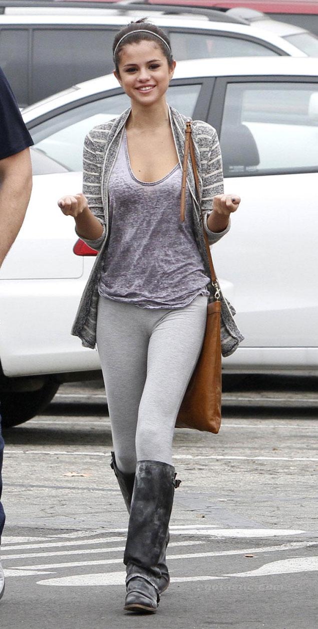 Selena-Gomez-519x1024