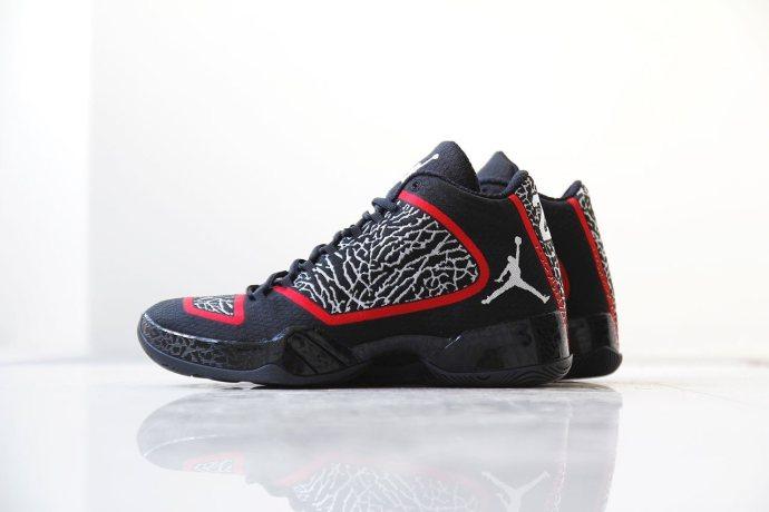 a-closer-look-at-the-air-jordan-xx9-gym-red-1