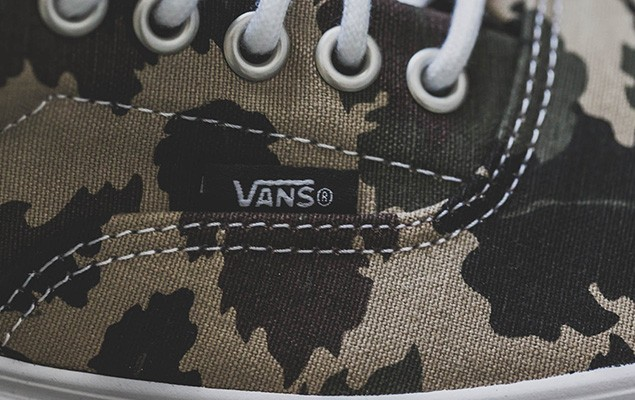 a-closer-look-at-the-carhartt-wip-x-vans-classic-2014-fall-winter-era-4