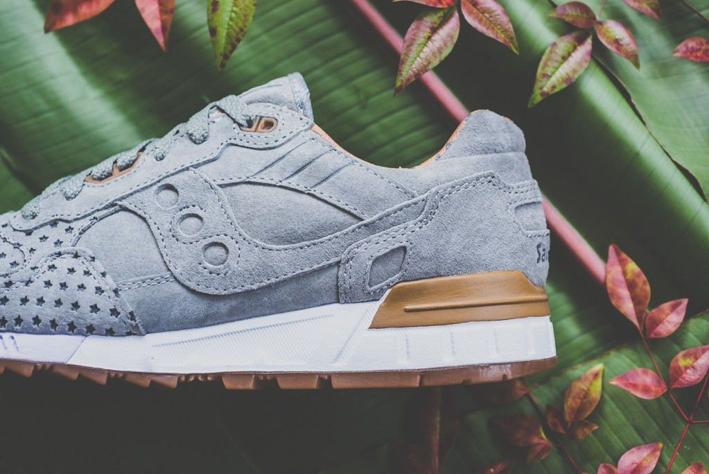 a-closer-look-at-the-play-cloths-x-saucony-shadow-5000-strange-fruit-orange-8