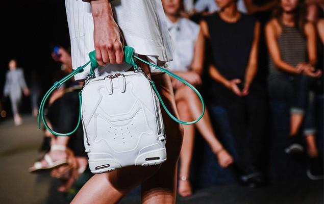 alexander-wangs-womenswear-2015-spring-summer-collection-goes-sneaker-inspiration-6