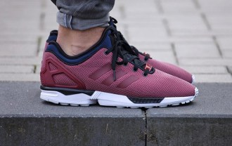 a-first-look-at-the-adidas-originals-zx-flux-nps-core-burgundy-1