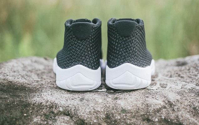 a-closer-look-at-the-air-jordan-future-black-white-4
