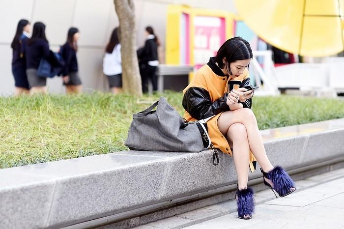 streetsnaps-seoul-fashion-week-2015-spring-summer-part-1-17