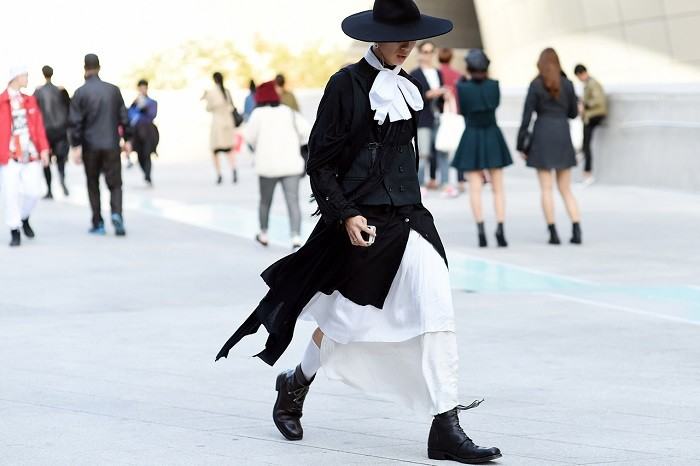 streetsnaps-seoul-fashion-week-2015-spring-summer-part-2-17