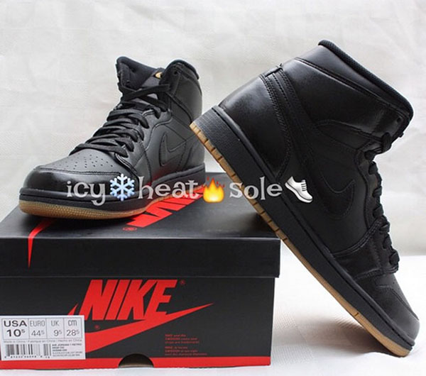 air-jordan-1-retro-high-og-black-gum-03