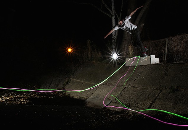 premier-nike-sb-dunk-low-northern-lights-8