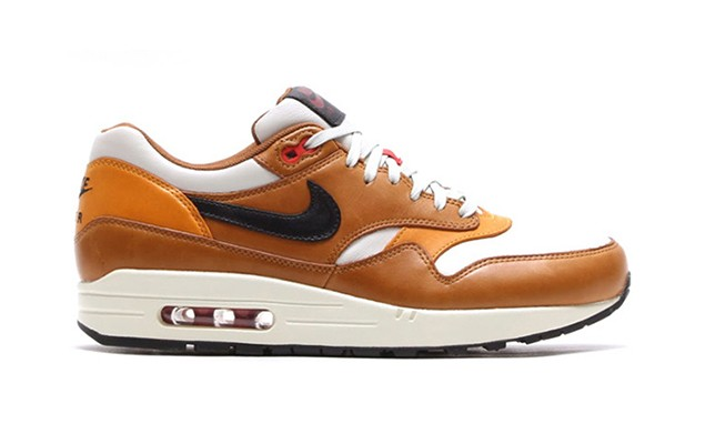 nike-2014-holiday-air-max-escape-pack-1