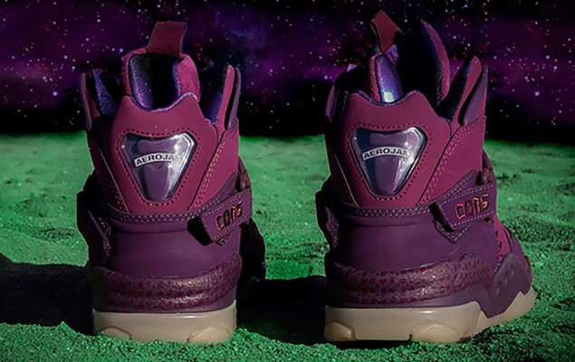 converse-draws-inspiration-from-space-jam-with-the-space-invader-pack-3